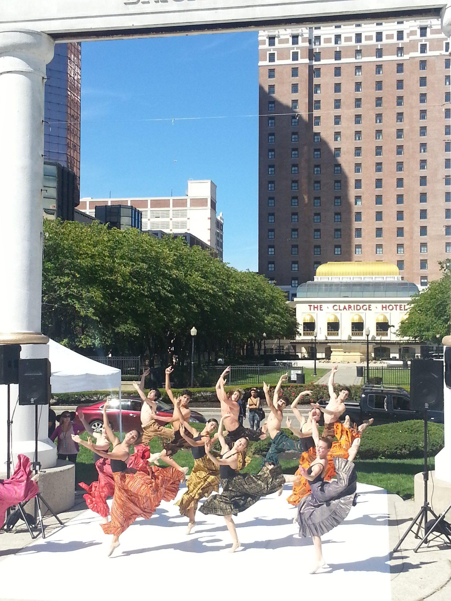 2014 Atlantic City Boardwalk Art Show - Atlantic City Ballet