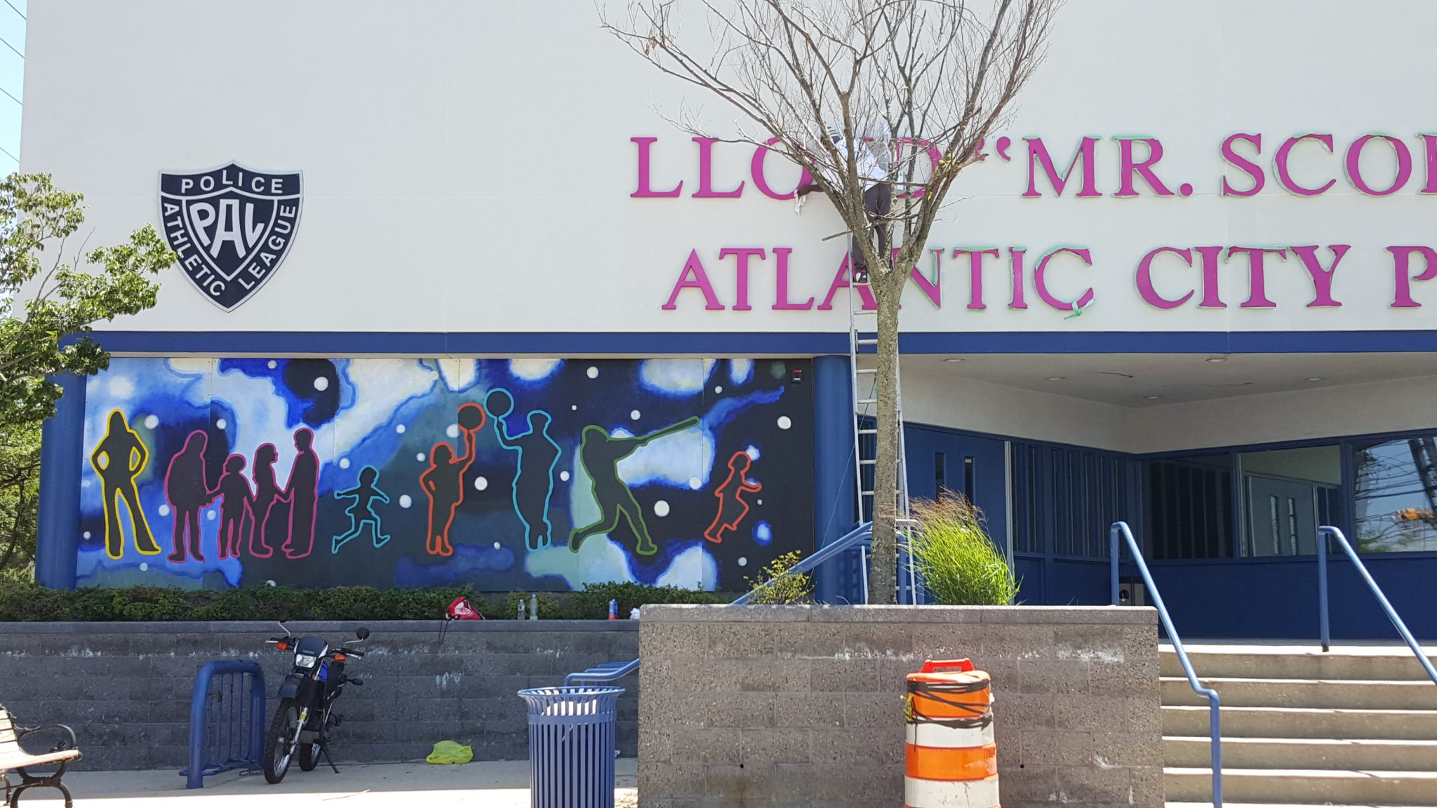 Mural Collaboration at Atlantic City PAL Building - Artist Jacob Feige and Stockton University Students